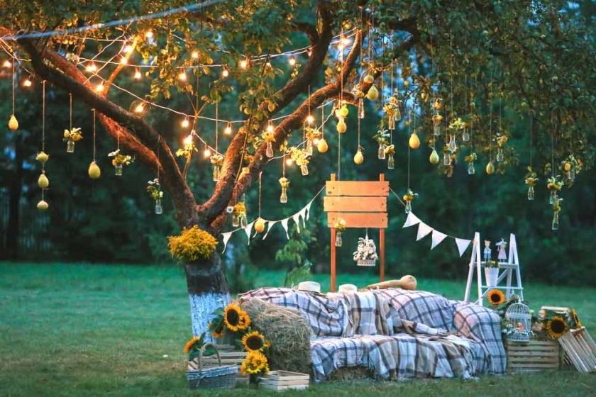 7 Creative Ways to Wow Your Wedding Guests